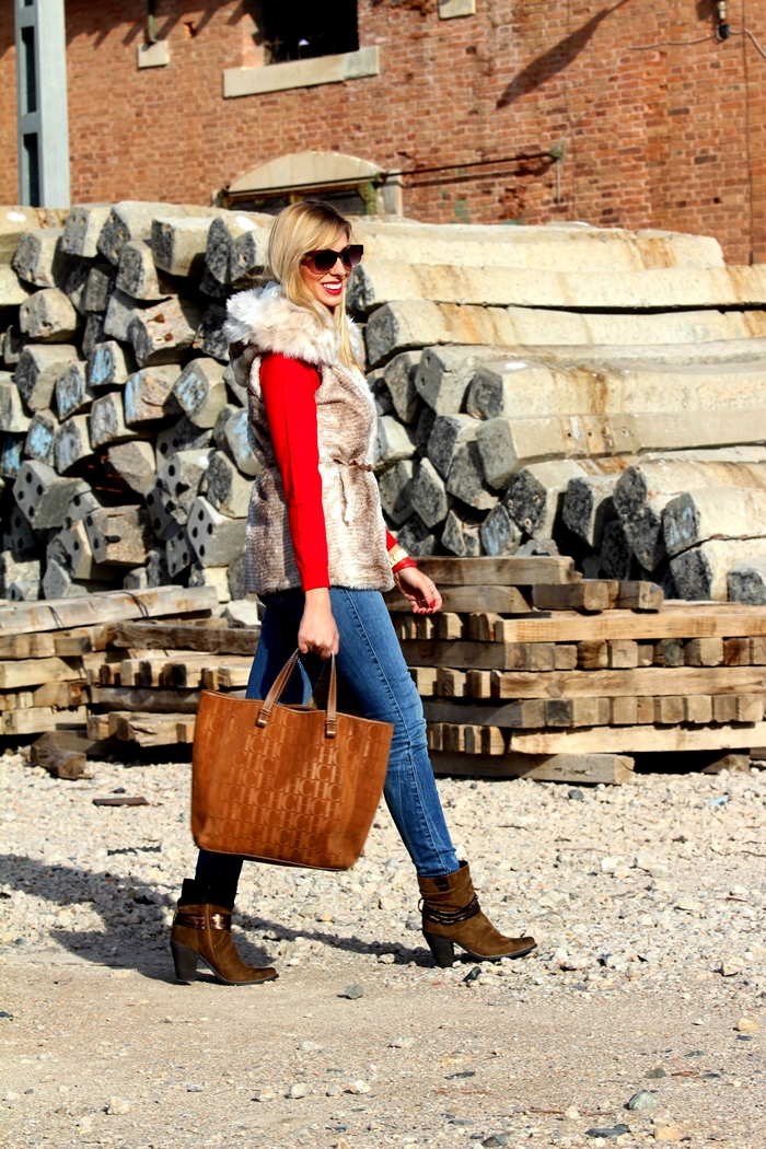 outfits-furry-vest-teresa-quiroga9